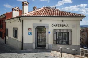Hotel Puerta de la Santa en Ávila, Spain - Lets Book Hotel