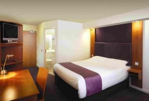 Premier Inn Edinburgh Leith Waterfront photo