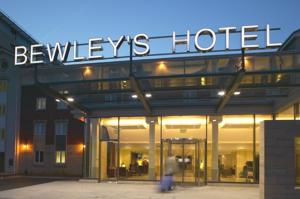 Clayton Hotel, Manchester Airport (formerly Bewleys Hotel Manchester Airport)