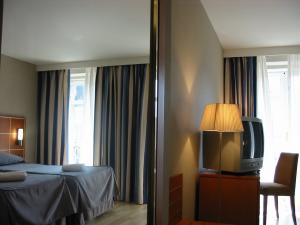 Hotel Exe Grand Place photo