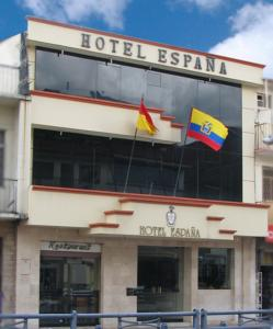 Featuring A Restaurant And Free Wi Fi This Hotel Includes An American Breakfast In Central Cuenca Only 100 Metres From The Main Commercial Area