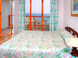 Magic tropical splash in benidorm spain best rates guaranteed lets book hotel - Apartamentos magic monika holidays ...
