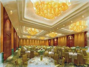 The Ritz Carlton Bangalore In Bangalore India Best Rates Guaranteed Lets Book Hotel