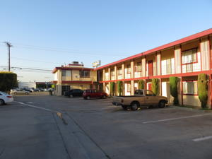 Surprising Town House Motel In Buena Park Usa Lets Book Hotel Home Interior And Landscaping Mentranervesignezvosmurscom