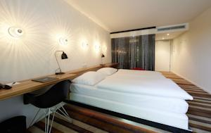 Designhotel berfluss in bremen germany lets book hotel for Designhotel uberfluss