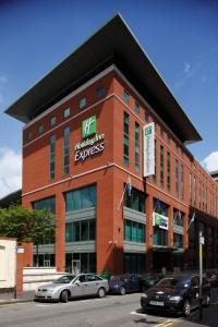Hotels Close To Birmingham New Street Rail