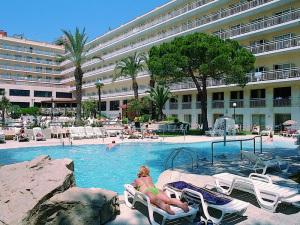 Ght Oasis Park Spa In Lloret De Mar Spain Lets Book Hotel