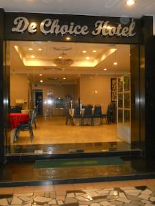 Located In The Town Of Tawau De Choice Hotel Is Approximately A 35 Minute Drive From Airport It Houses Restaurant Serving Local Delights And
