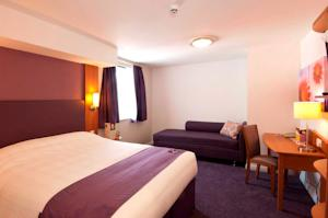 Premier Inn London Gatwick Airport A23 Airport Way In