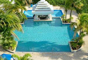 Brickell Bay Beach Club & Spa - Adults Only