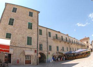 Historic boutique hotel cattaro in kotor montenegro for Historic boutique hotel