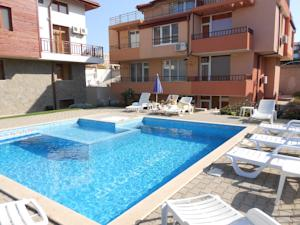 Sozopol Beachside Apartment