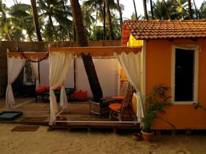 Staying Course >> Art Resort Goa Palolem Beach in Palolem, India - Best Rates Guaranteed | Lets Book Hotel