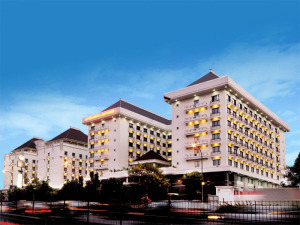 Mega Anggrek Hotel & Convention