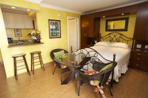 Vacation Rental Suites at Royal Garden Waikiki in Honolulu USA