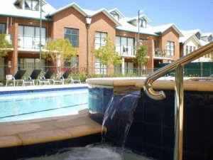 BEST WESTERN PLUS Ascot Serviced Apartments photo