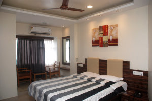 Hotel Bandra Residency photo