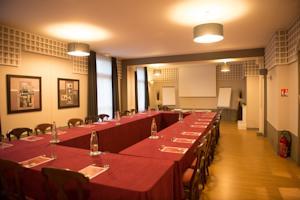 Hotel regina spa berck sur mer france meilleurs for 306 salon regina