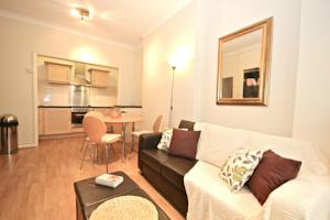 FG Property - Earls Court, Kempsford Gardens Apartment A