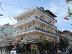 Featuring Car Al Services Hotel Germany Is Located On The Southeastern Edge Of Mount Olympus In Paralia Katerinis It 150 Metres From Beach And