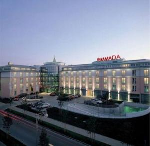 H hotel magdeburg in magdeburg germany best rates for Design hotel magdeburg