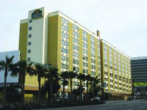 La Quinta Hotel Near Lax