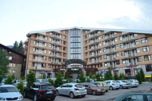 Persey Flora Apartments