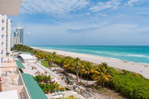 Pavilion By Design Suites Miami