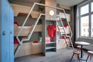 Meininger hotel berlin mitte in berlin germany best rates guaranteed lets book hotel for Hotel familienzimmer hamburg