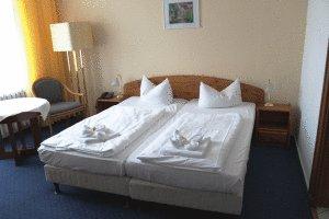 Kur und ferienhotel sanddorn in warnem nde germany for Warnemunde zimmer mit fruhstuck