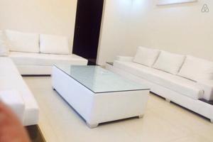 lily white chattarpur