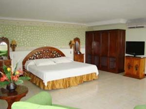 Sol caribe sea flower in san andres colombia best rates for Sol caribe sea flower san andres
