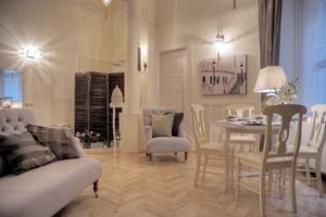 Mira And Y Luxury Apartment