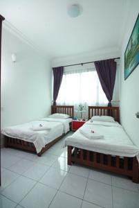 Shangri-La Hotel Kuala Lumpur $113 ($̶1̶5̶9̶) - UPDATED
