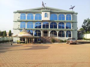 Senator Hotel in Kumasi, Ghana - Lets Book Hotel