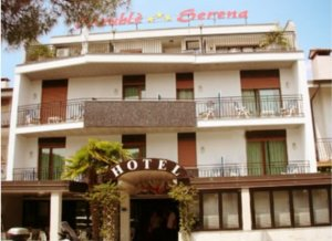 Hotel serena in grado italy besten preise garantiert for Hotel serena meuble grado