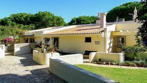 Villa Casa Serena in Vilamoura, Portugal - Lets Book Hotel
