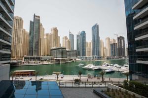 Silverine dubai marina luxury apartment in dubai united for Luxury hotels in dubai marina