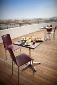 appart h tel hevea valence france lets book hotel. Black Bedroom Furniture Sets. Home Design Ideas