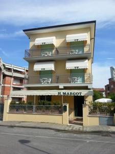 Hotel Margot in Lido di Camaiore, Italy - Besten Preise Garantiert ...