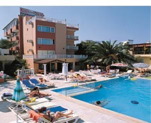 Hotel Grand Nett