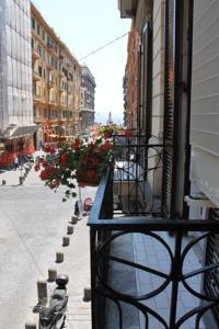 Grand Tour B&B a Napoli, Italy - Migliori Tariffe Garantite | Lets ...