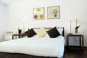 Margutta luxury apartment in rome italy best rates for Margutta 19 luxury hotel 00187 roma rm italy