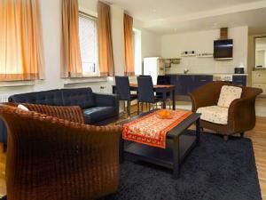 tondose apartment in dortmund germany lets book hotel. Black Bedroom Furniture Sets. Home Design Ideas