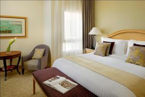 Mövenpick Hotel Doha photo