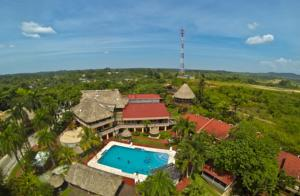 Set In Puerto Barrios The Izabal Region 45 Km From Rio Dulce Town Hotel Marbrissa Features An Outdoor Pool And Views Of