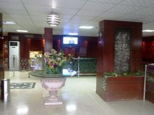 Al Farhan Hotel Suites (Al Jubail) in Al Jubail, Saudi Arabia - Lets