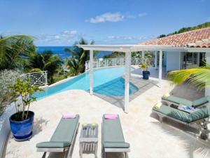 Prana In Dawn Beach Sint Maarten