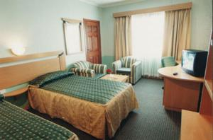 The Crescent Beach Hotel Photos