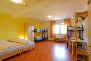 a o hamburg city in hamburg germany lets book hotel. Black Bedroom Furniture Sets. Home Design Ideas